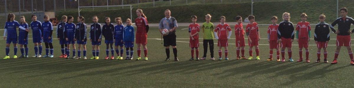 E1- Junioren des VfL Bergen feiern Heimsieg